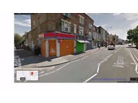 Corner Shop with basement (of the same size of the shop) to let