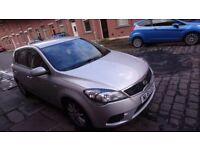 Kia ceed 1.6 crdi ,full service history ,amazing mpg ,drive like new ,61 plate. October 2011