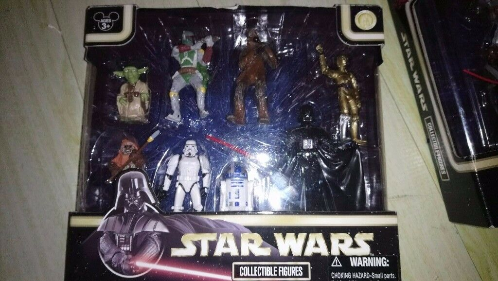 Classic Star Wars Figures Boxed x2