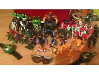 Over 30 big Ben 10 figures with extra small figures +motorcycle + extra