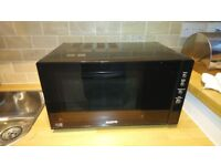Sanyo Black Microwave Combi Oven 900 Watts (Nearly New Condition)