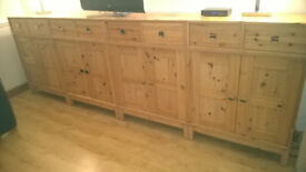 2 DOOR 2 DRAWER CABINET
