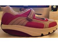 Ladies Shoes - MBT LAMI Mary Jane trainers UK size 7.5