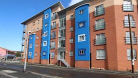 2 BED FURNISHED 2nd FLOOR JULIET BALCONY* PRIVATE LANDLORD * SUNNY QUITE LOCATION* LIFT * AVAIL NOW!