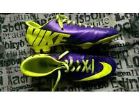Nike Mercurial Vapours Size 9