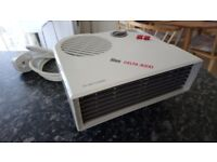 White Small Cool Air Fan & Heater. Electric plug in.