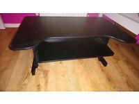 Adjustable stand up desk