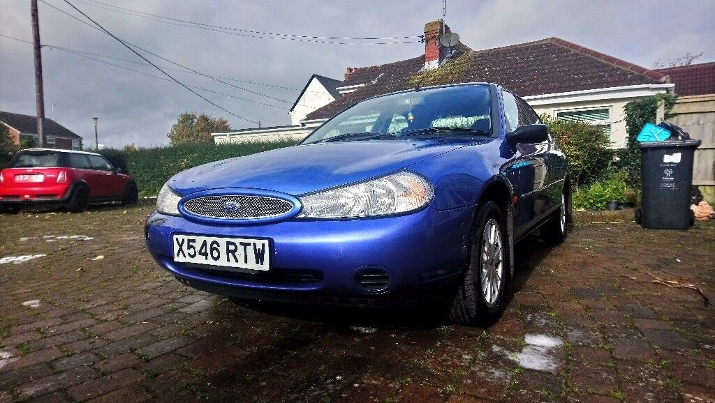 Ford mondeo 1.8 verona very low miles
