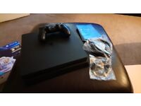 PS4 SLIM Brand new never used