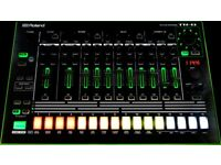 Roland TR8 Drum Machine with Expansion Pack