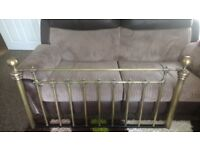 ANTIQUE BRASS DOUBLE BED HEADBOARD 4FT6 IMMACULATE CONDITION CAN DELIVER
