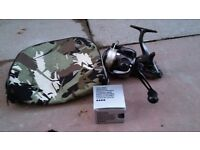 SHIMANO 4000 DL FB BAITRUNNER WITH SPARE SPOOL AND CASE