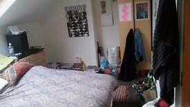 Double room to rent in student house, Headingley, Leeds
