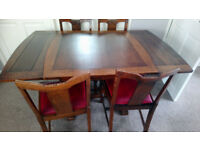 Vintage solid oak dining table with 6 matching chairs