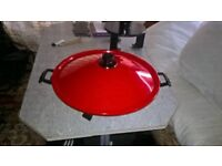 electric wok with spatula, mains cable