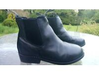 Childrens black jodpur boots. Size 3. Excellent condition.