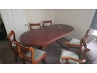 Dining table with 6 chairs - expandable