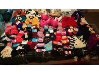 JOB LOT KIDS GLOVES,HATS AND EAR MUFFS
