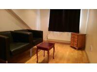 Studio flat to let