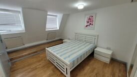 DSS Welcome with Guarantor 1 Bed Apartment with Open-Plan Kitchen & Living in Shoreditch E2