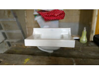 Antique rare, compact cloakroom basin, very good condition, particularly nice basin.