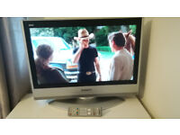 "TV Panasonic 26"" LCD Freeview"