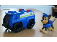 PAW PATROL CHASE AND VEHICLE