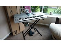 Yamaha PSR-S910 - 61-key digital workstation, boxed with stand and pedals - home use only