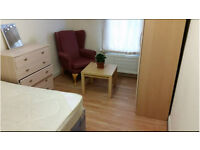 Double Room to Let in Crescent Road Woolwich, London