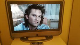 """TV Hitachi 32"""" LCD Widescreen HD Freeview"""