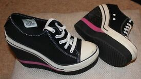 Rock & Candy Women's Wedge Pumps, size 5.