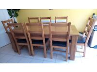 Beautiful Rustic Oak 8-10 Extending Dining Table and 8 Chairs