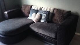 4 seater scatter back sofa with reversible chaise