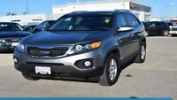 2013 Kia SORENTO LX-AWD V6  PUSH BUTTON START, HEATED SEATS