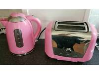 Pink Morphy Richards Kettle & Toaster