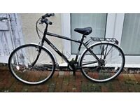 Raleigh Activ Fifth Avenue Mens 19in Frame 18 Speed Trekking Bike & lots of extras, lights,lock etc
