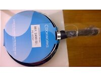 Brand New in Package: Cookworks 2 Piece Non-Stick Frying Pan Set: 24cm & 28cm