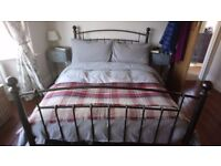 Metal double bed frame +/- free mattress