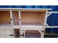 6FT DOUBLE RABBIT HUTCH FREE LOCAL DELIVERY