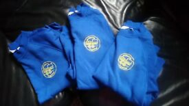 Manor school jumpers 7/8 and 9/10 excellent condition
