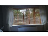 Venetian Blinds For Sale in Good Condition and full working order