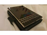 BlackBerry Passport 32gb Black Smart Phone o2 -Mint-