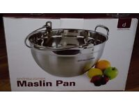Maslin Pan (9 Litre) with Small and Large Jars