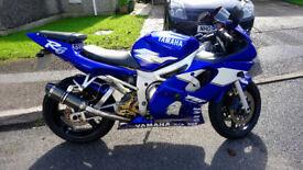 YAMAHA YZF R6 1999 BLUE