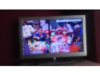 Baird 40' LED TV for sell
