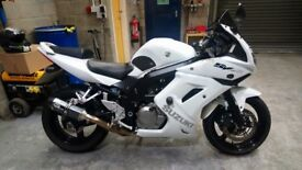 SUZUKI SV650S LO1 MINT CONDITION WITH LOW MILES AND MANY EXTRAS