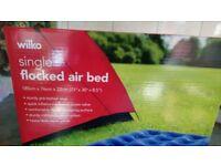 FLOCKED AIR BED