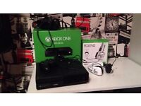 Xbox One 500GB Bundle with Tritton Headset,Play&Charge Kit,Controller & 7 Games