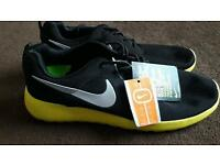 Men's nike trainers 8.5
