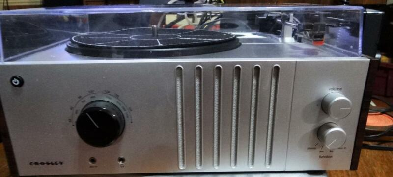 Crosley Player Turntable AM FM Stereo